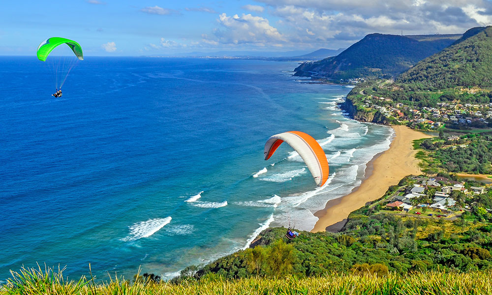 Paragliders at Stanwell Tops